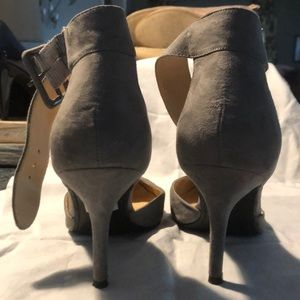 5f459d17535ef Women Liz Claiborne Pointed Heels on Poshmark